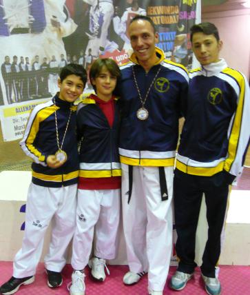 Oro e bronzo al C.S.D. Taekwondo Massafra