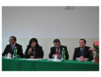 """Presentato il libro di Mara Chiarelli, """"Sacra Corona Unita"""""""
