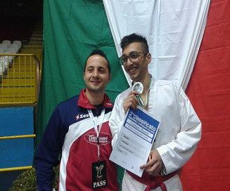 TAEKWONDO. MARIO LASIGNA VICE CAMPIONE ITALIANO ROSSE SENIOR