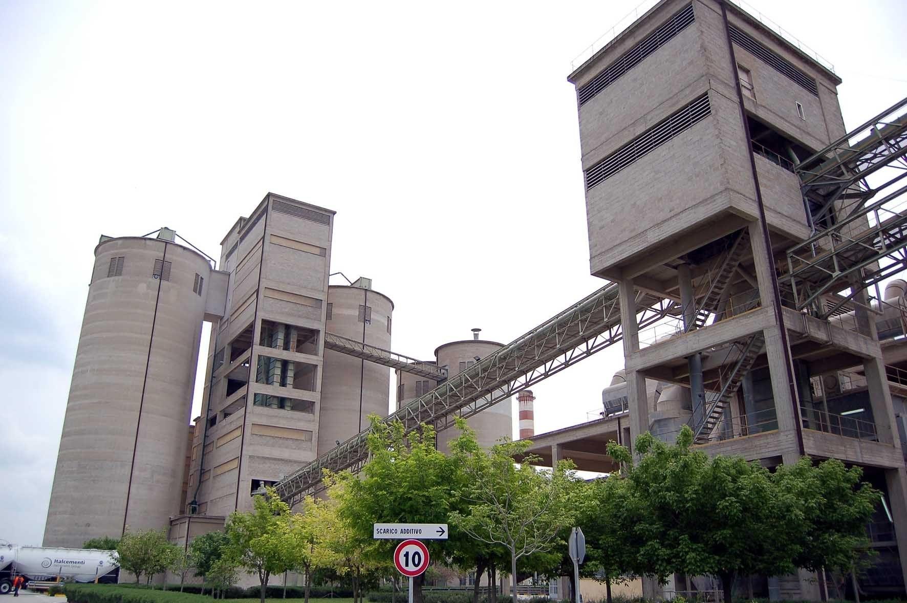 Sequestro silos Cementir e parco loppa ILVA
