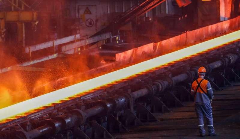 """Appalti. L'appello di CGIL, CISL e UIL: """"Arcelor Mittal fermi le macchine"""""""